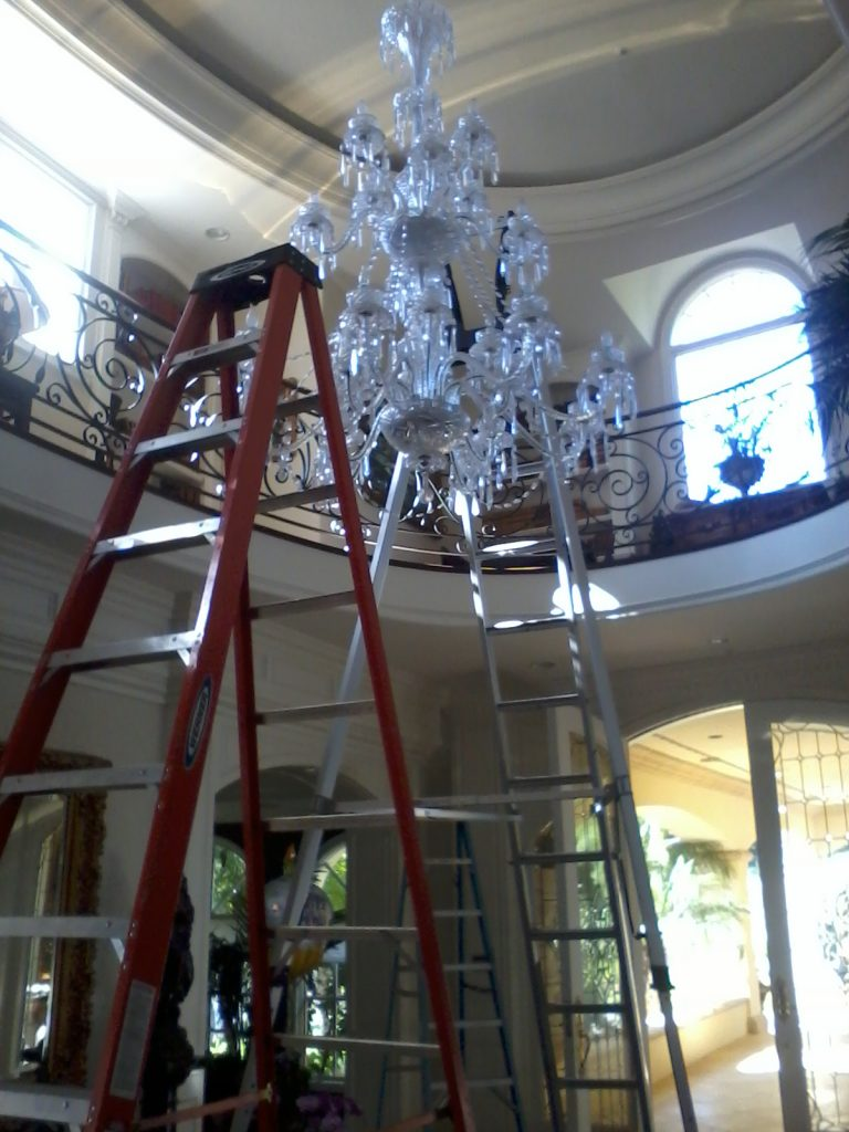 Chandelier cleaning georges window cleaning 110808001 arubaitofo Images